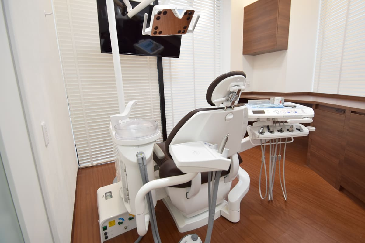 世田谷北沢 下北沢駅前歯科クリニック 個室でプライベート配慮した診療